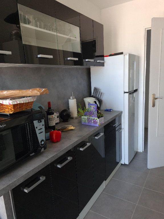 Appartement à vendre 5 85m2 à Draguignan vignette-2