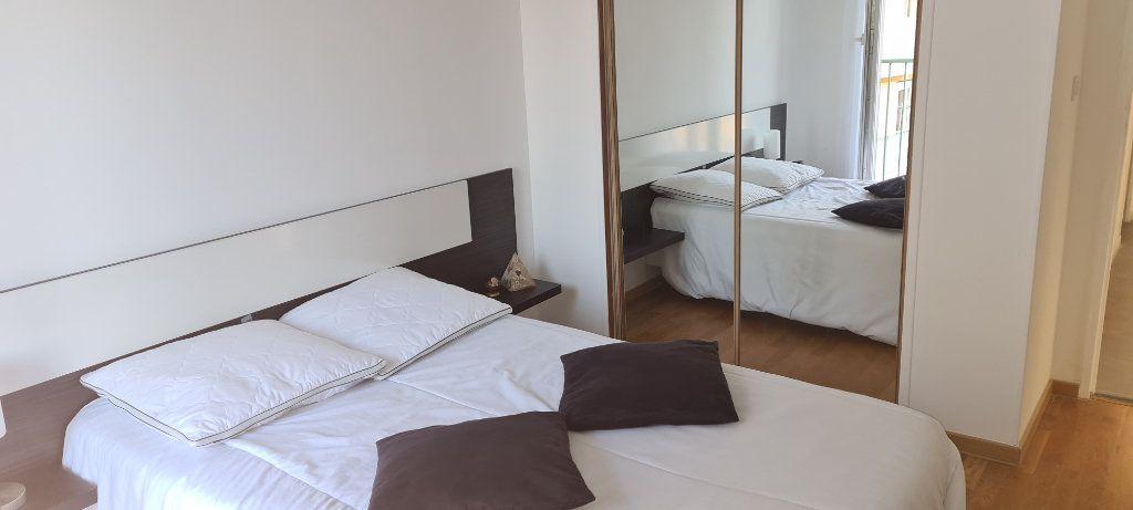 Appartement à vendre 5 85m2 à Draguignan vignette-6