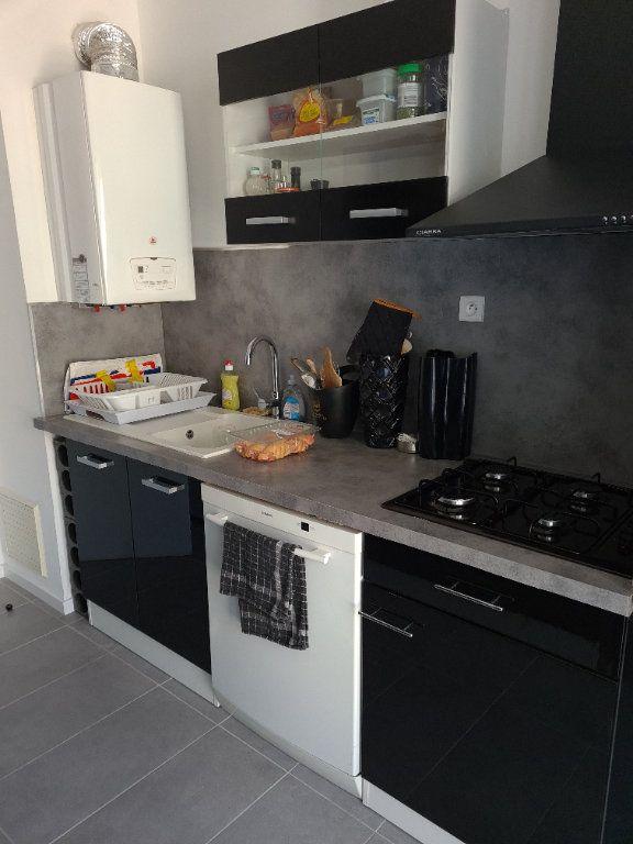 Appartement à vendre 5 85m2 à Draguignan vignette-9
