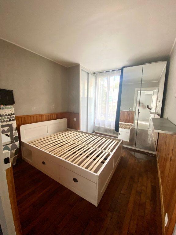Appartement à vendre 2 29.93m2 à Vitry-sur-Seine vignette-3