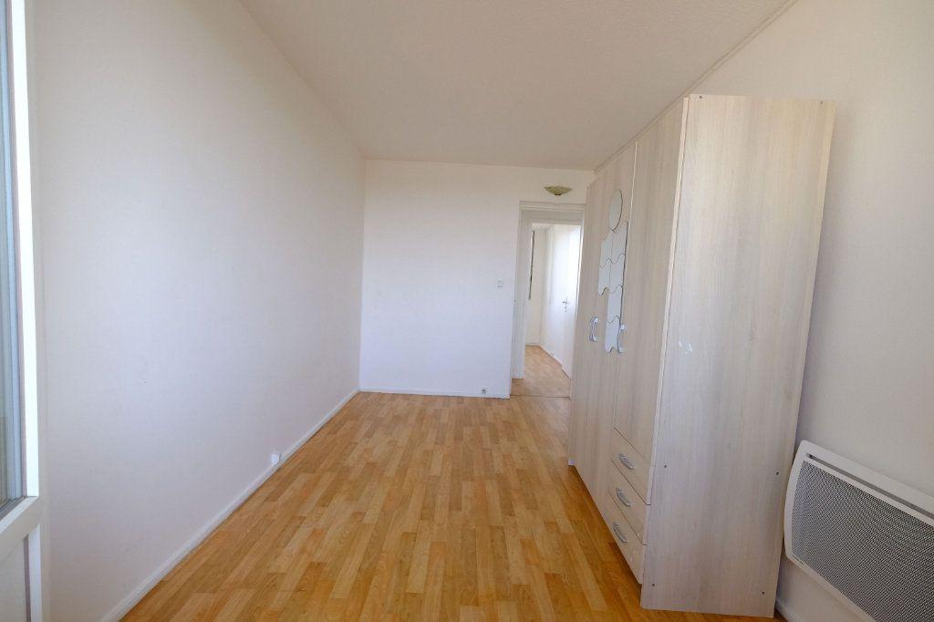Appartement à vendre 4 62m2 à Vitry-sur-Seine vignette-3