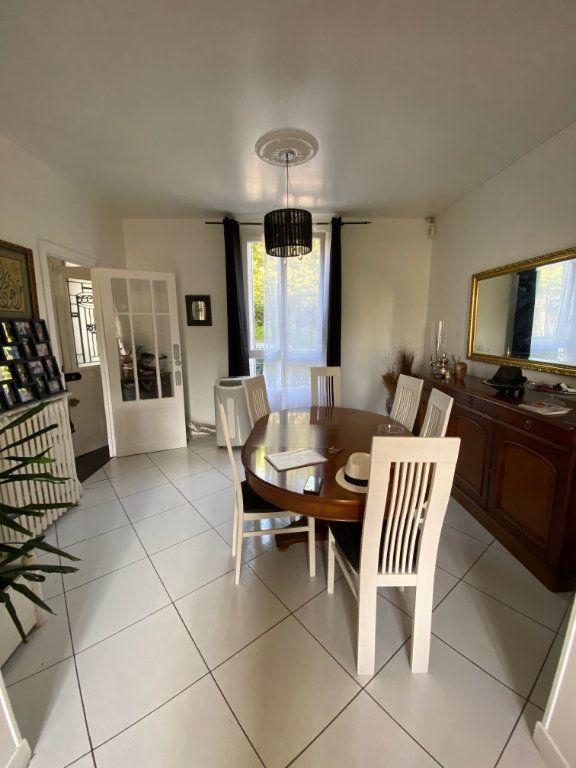 Maison à vendre 5 105.68m2 à Vitry-sur-Seine vignette-2