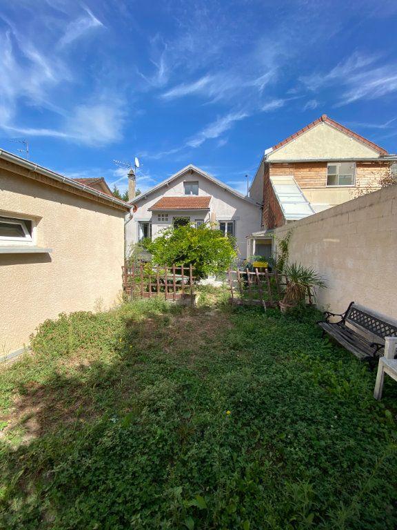Maison à vendre 5 105.68m2 à Vitry-sur-Seine vignette-3