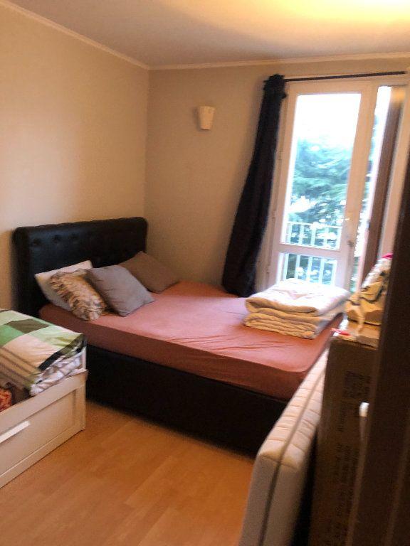 Appartement à vendre 4 70m2 à Villejuif vignette-5