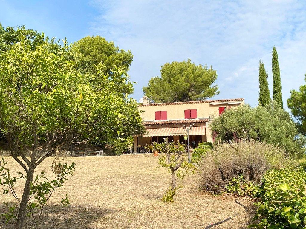 Maison à vendre 6 200m2 à Le Beausset vignette-2