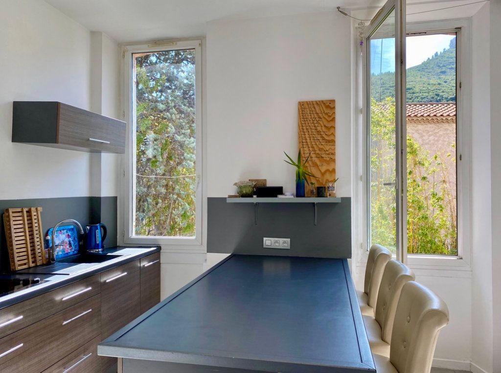 Appartement à vendre 2 37m2 à Marseille 11 vignette-6