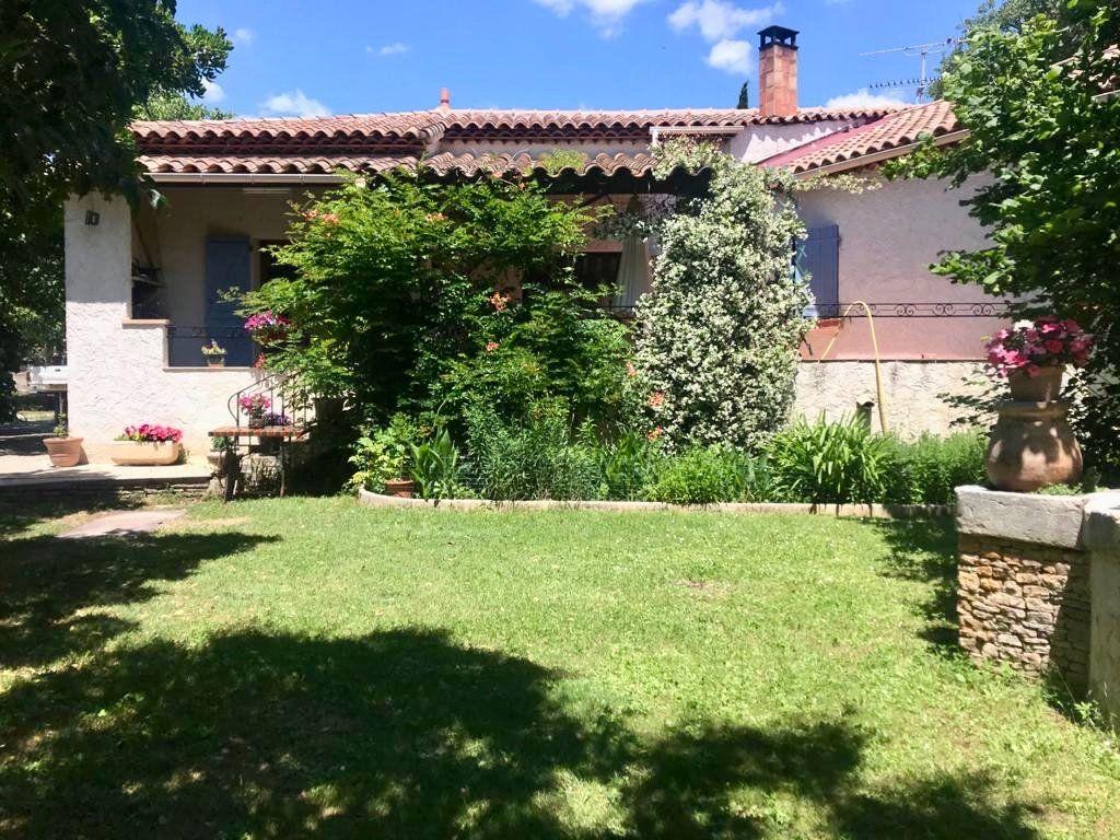 Maison à vendre 4 125m2 à Marseille 11 vignette-1