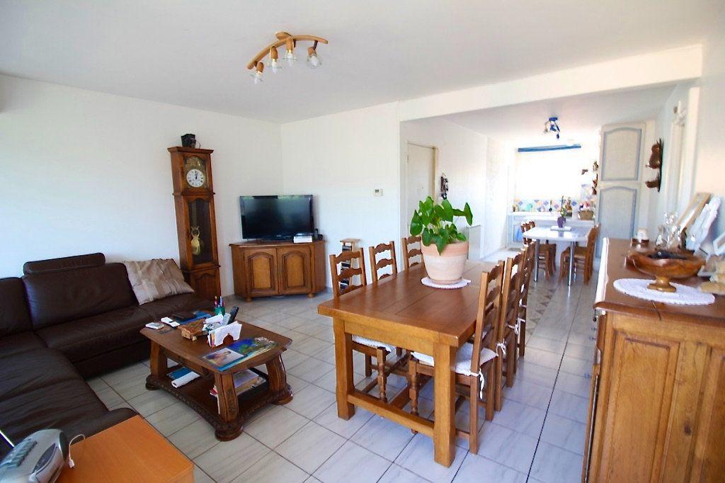 Appartement à vendre 3 62.65m2 à Aubagne vignette-2