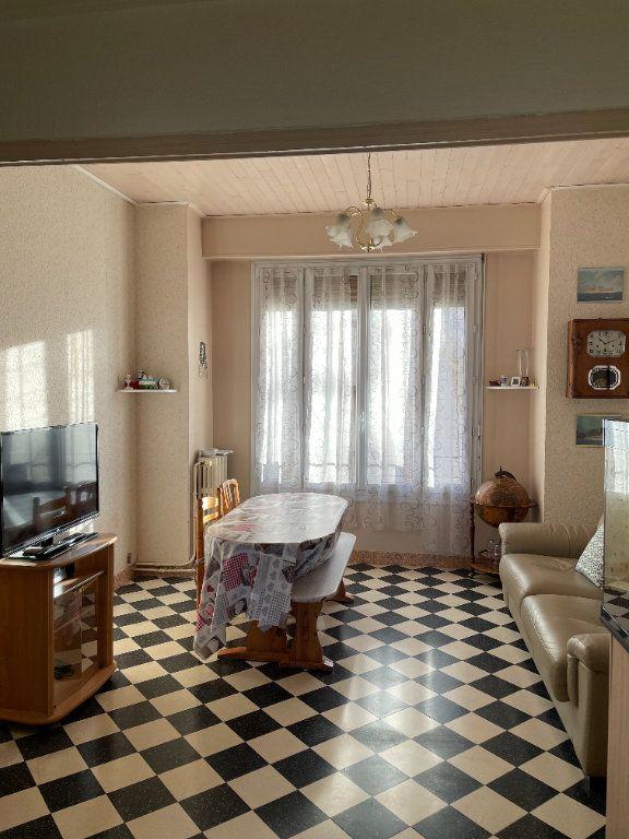 Appartement à vendre 3 52.08m2 à Marseille 5 vignette-2