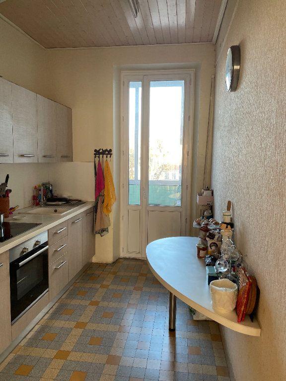 Appartement à vendre 3 52.08m2 à Marseille 5 vignette-4