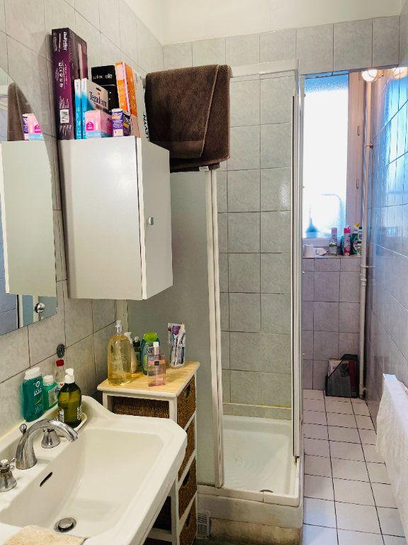 Appartement à vendre 3 52.08m2 à Marseille 5 vignette-8