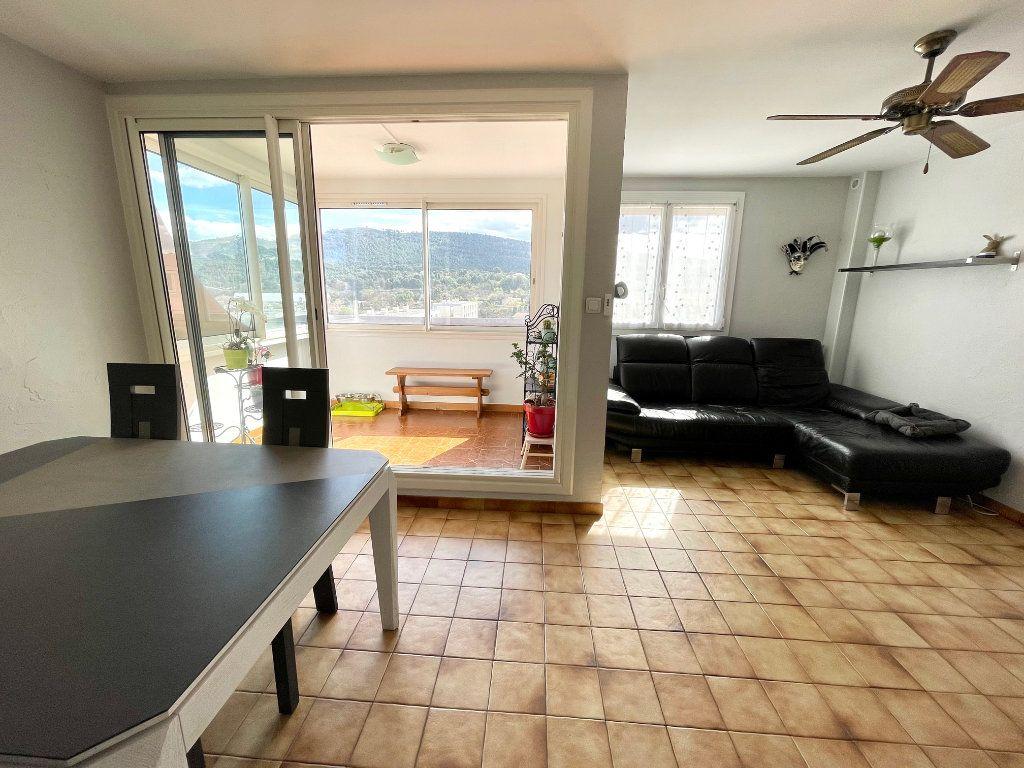 Appartement à vendre 4 78m2 à Aubagne vignette-2