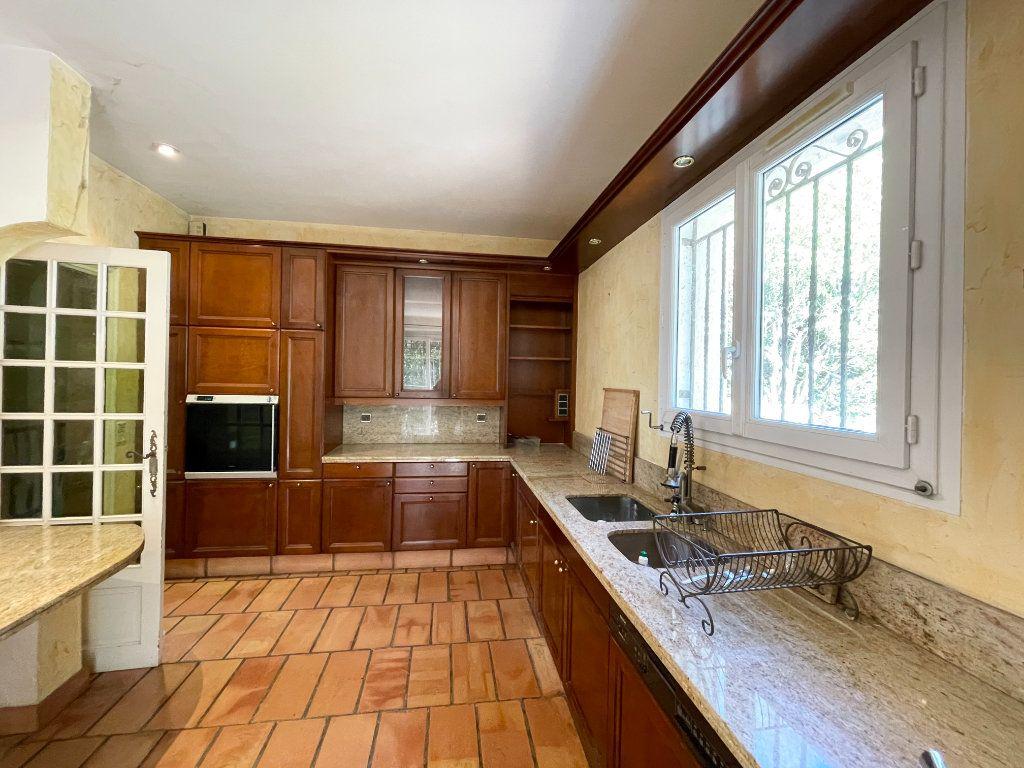 Maison à vendre 6 195m2 à Aubagne vignette-10