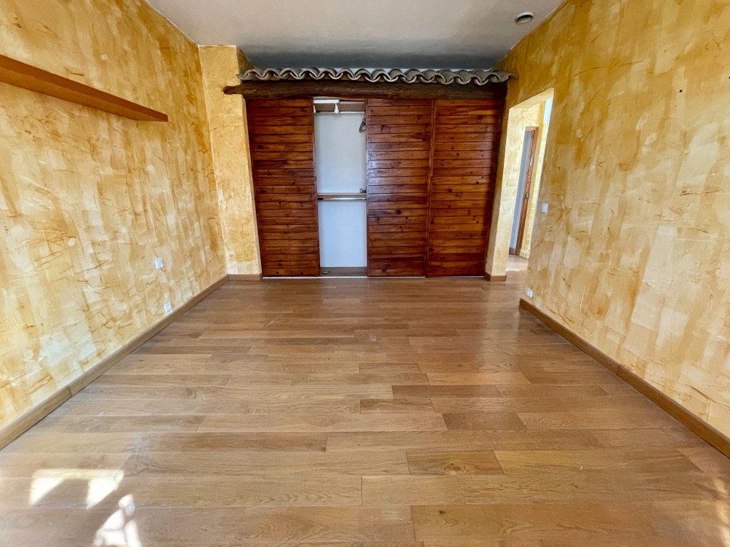 Maison à vendre 6 195m2 à Aubagne vignette-11