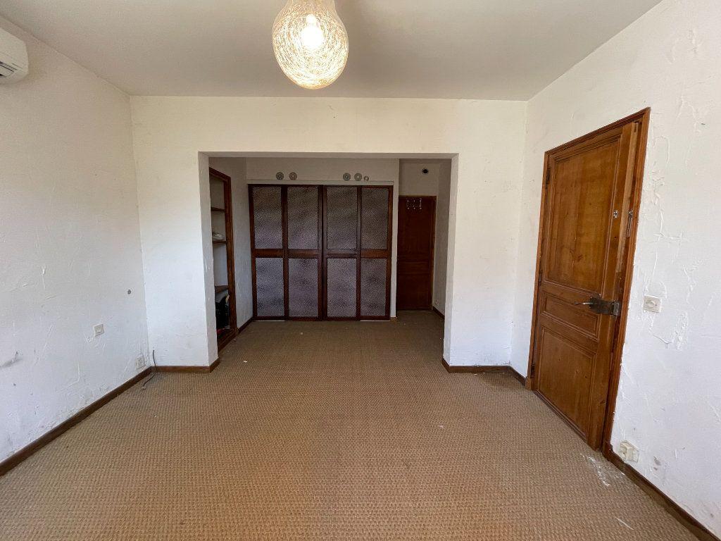 Maison à vendre 6 195m2 à Aubagne vignette-13