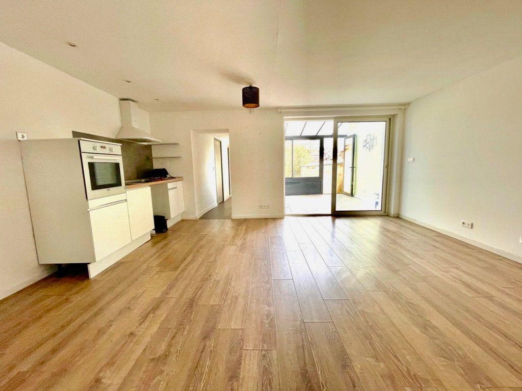 Maison à vendre 4 125m2 à Aubagne vignette-6