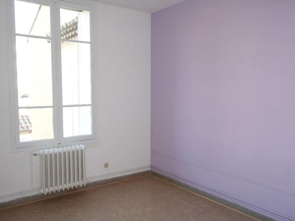 Appartement à louer 3 62m2 à Avignon vignette-6