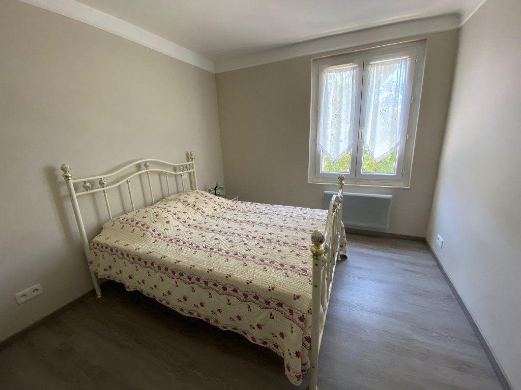 Appartement à louer 3 51.82m2 à Avignon vignette-4