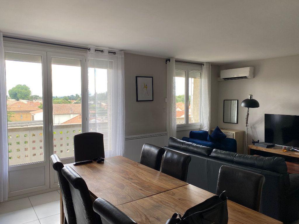 Appartement à louer 3 68m2 à Le Pontet vignette-1