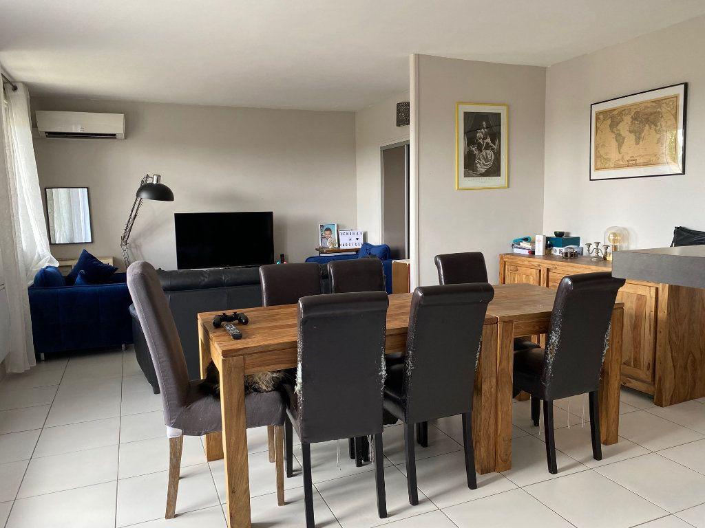 Appartement à louer 3 68m2 à Le Pontet vignette-2