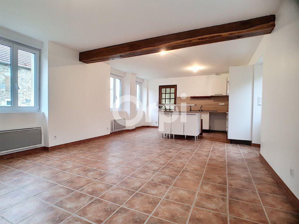 Maison à louer 3 91m2 à Champvoisy vignette-2
