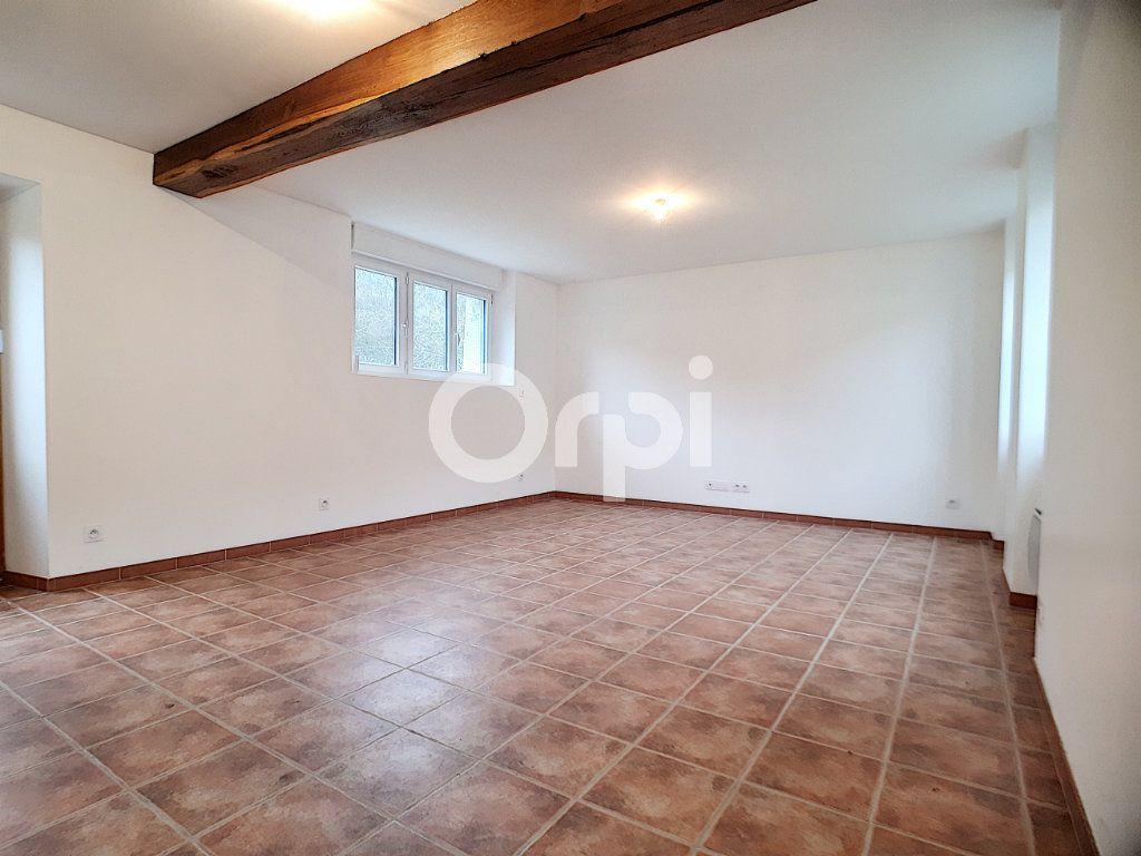 Maison à louer 3 91m2 à Champvoisy vignette-4