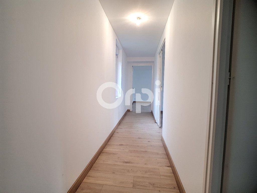 Maison à louer 3 91m2 à Champvoisy vignette-7