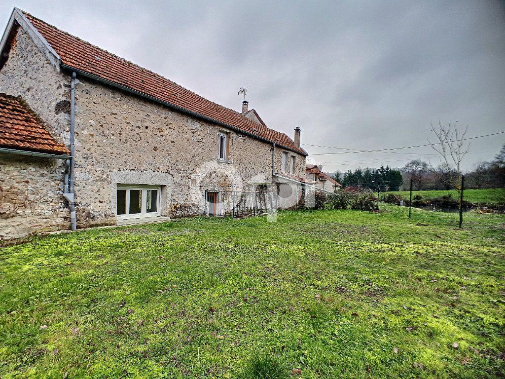Maison à louer 3 91m2 à Champvoisy vignette-11