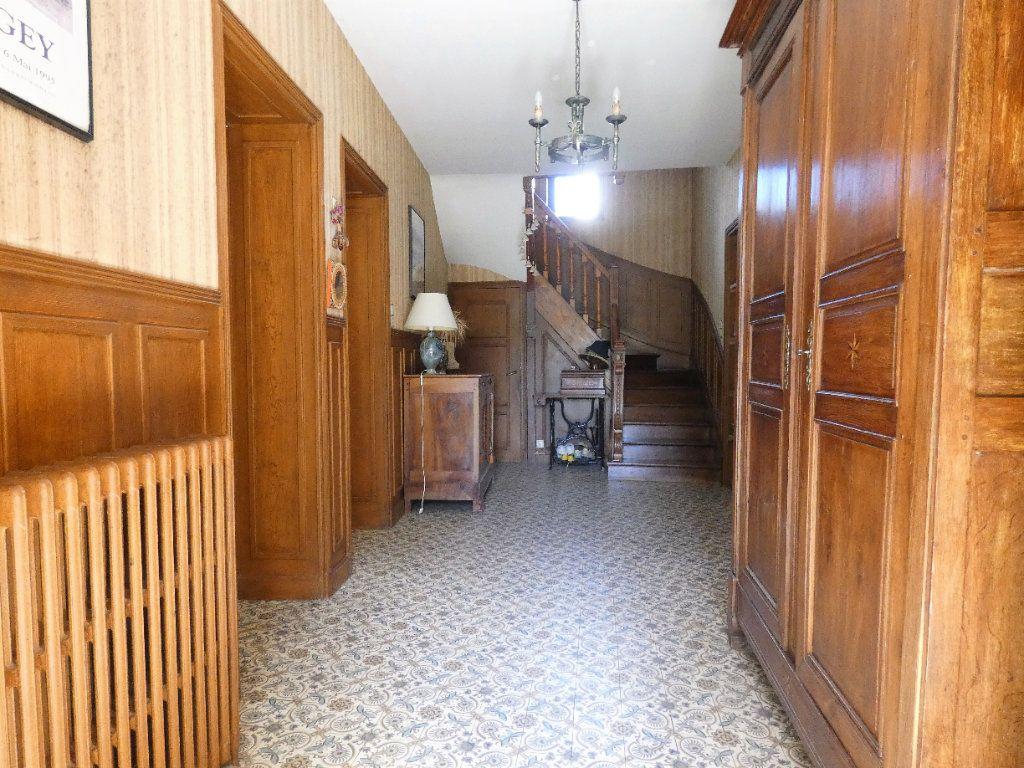 Maison à vendre 8 198.45m2 à Jaulgonne vignette-4