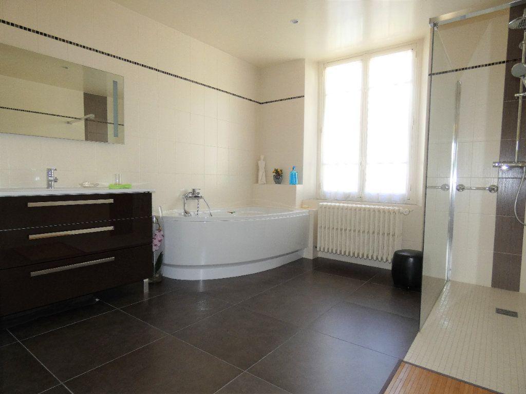 Maison à vendre 8 198.45m2 à Jaulgonne vignette-12
