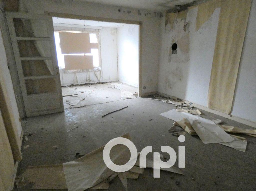 Maison à vendre 4 103m2 à OEuilly vignette-3