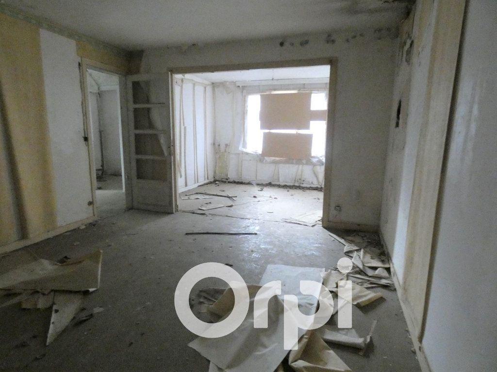 Maison à vendre 4 103m2 à OEuilly vignette-4