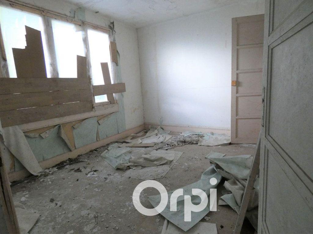 Maison à vendre 4 103m2 à OEuilly vignette-5