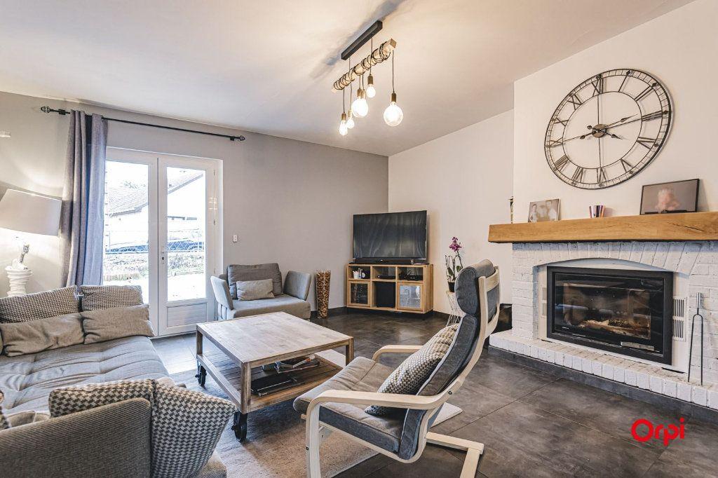 Maison à vendre 8 250m2 à Dormans vignette-3