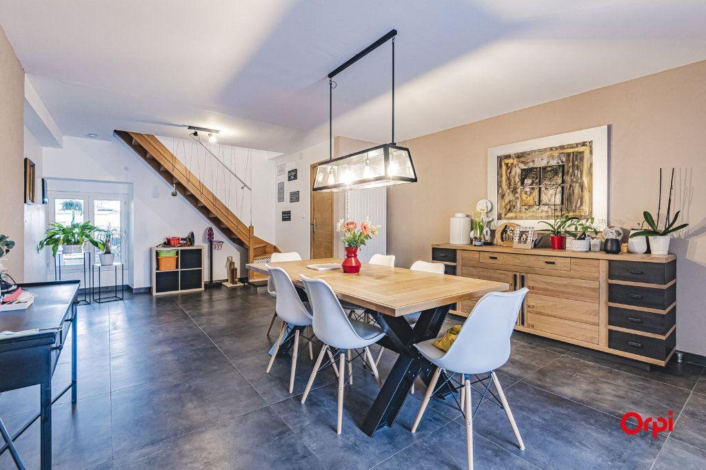 Maison à vendre 8 250m2 à Dormans vignette-4