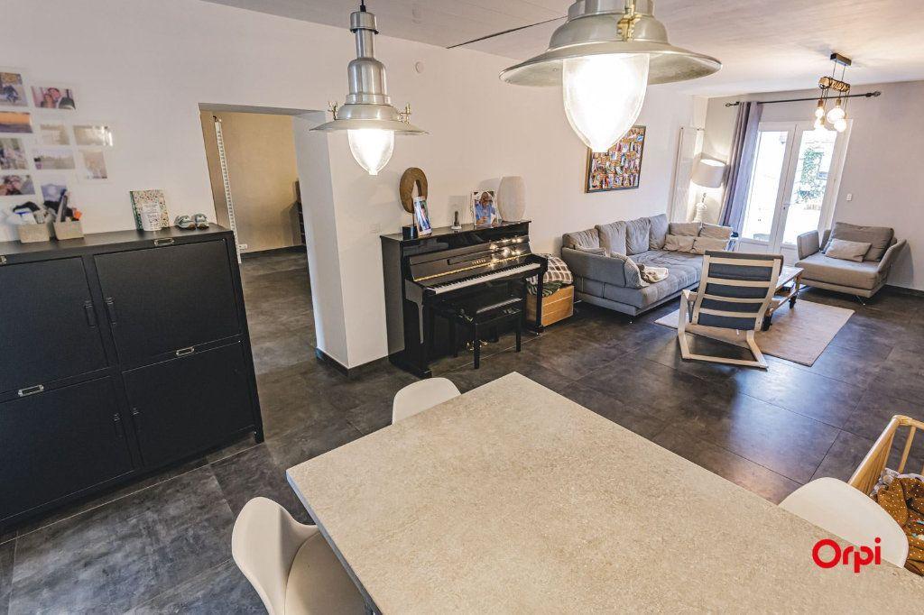 Maison à vendre 8 250m2 à Dormans vignette-9