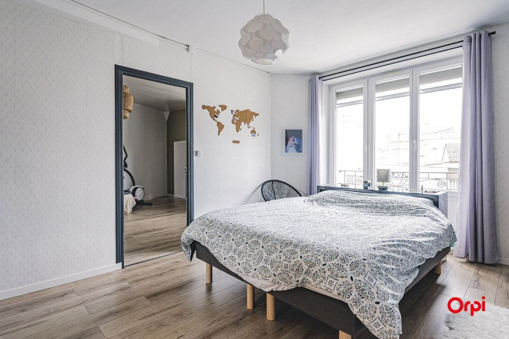 Maison à vendre 8 250m2 à Dormans vignette-15