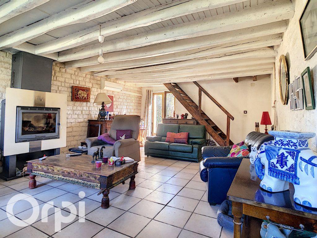 Maison à vendre 6 144.3m2 à Montlevon vignette-2
