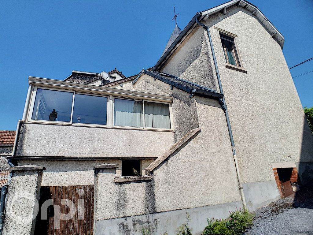 Maison à louer 4 100m2 à Châtillon-sur-Marne vignette-2