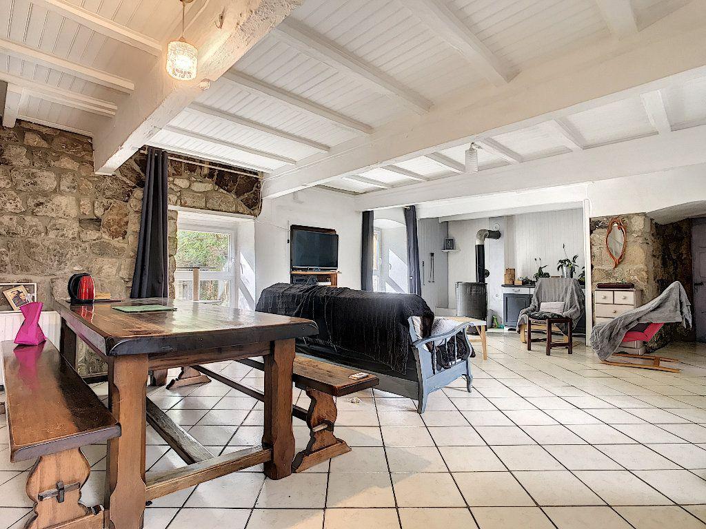 Maison à vendre 11 310m2 à Colombier-le-Vieux vignette-5
