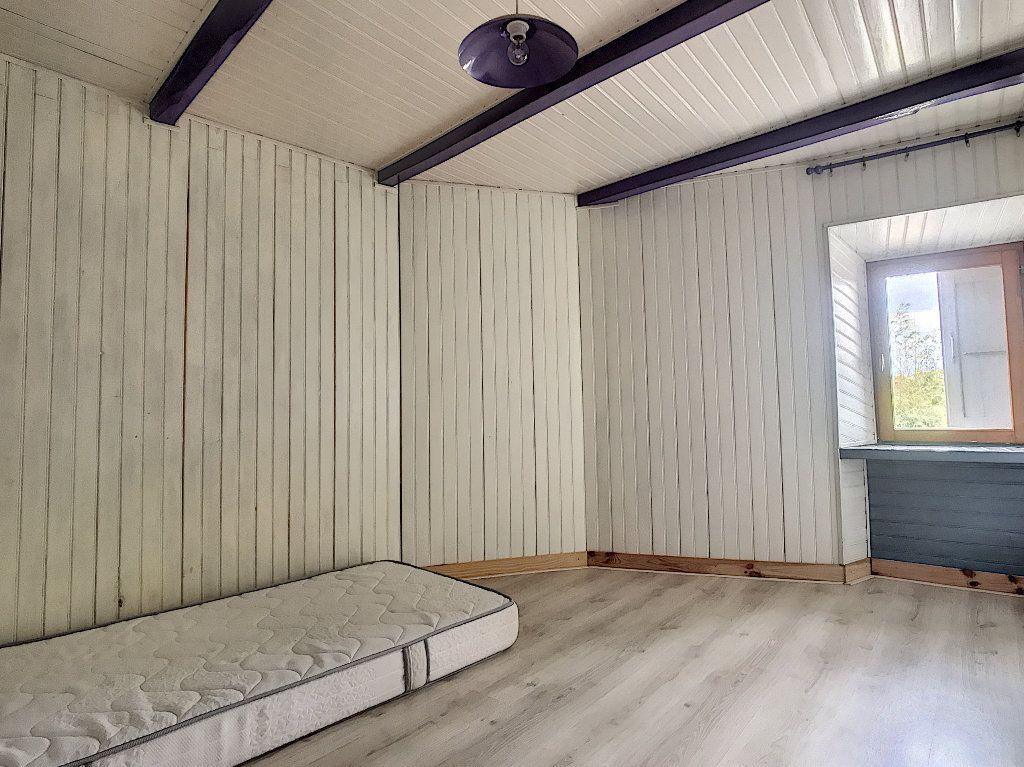 Maison à vendre 11 310m2 à Colombier-le-Vieux vignette-9