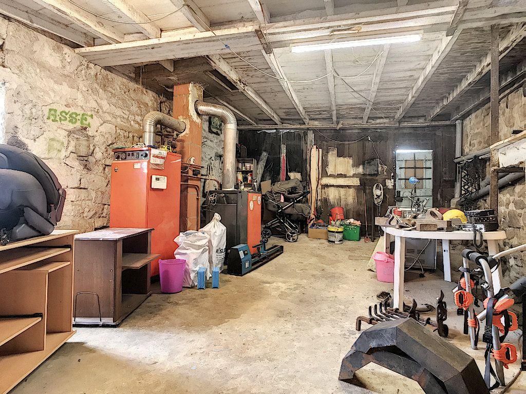 Maison à vendre 11 310m2 à Colombier-le-Vieux vignette-14