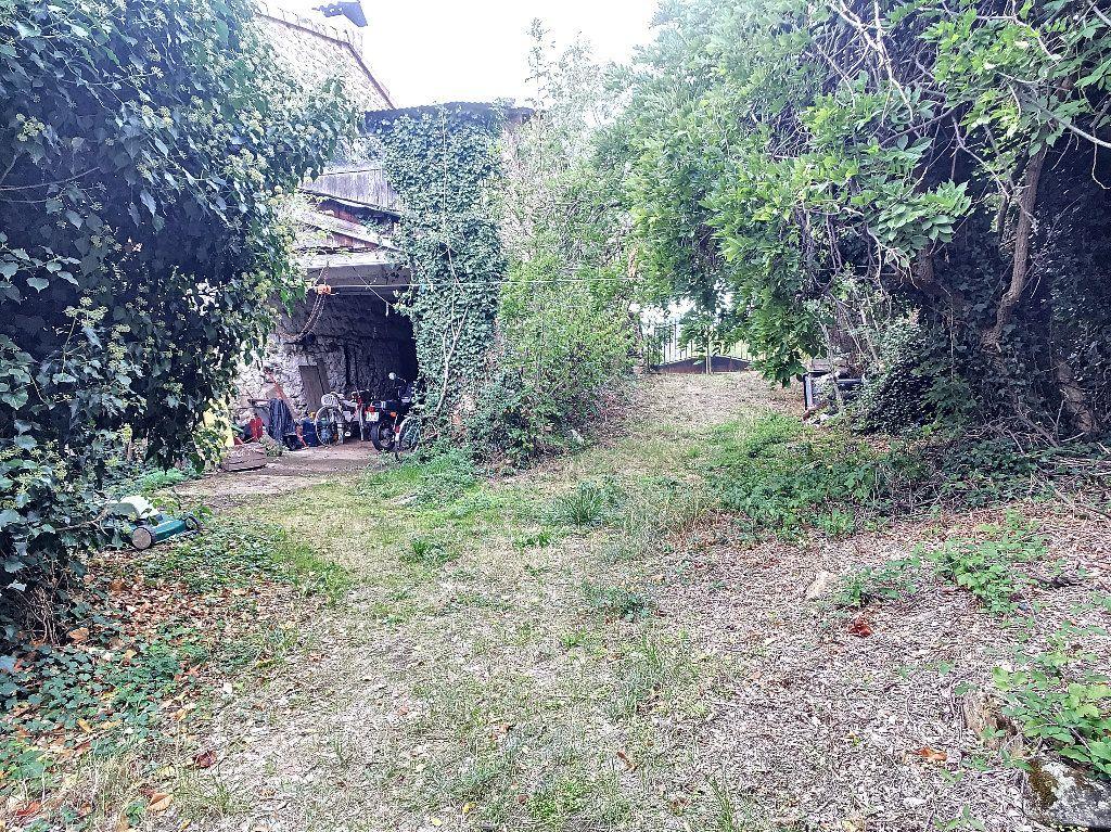 Maison à vendre 11 310m2 à Colombier-le-Vieux vignette-18