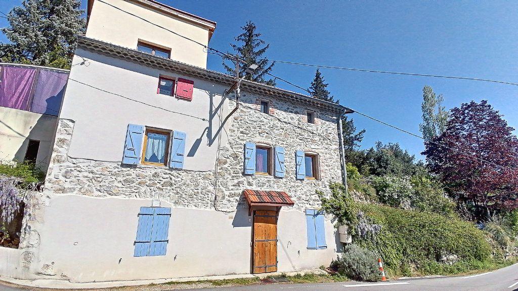 Maison à vendre 5 150m2 à Saint-Jean-de-Muzols vignette-2