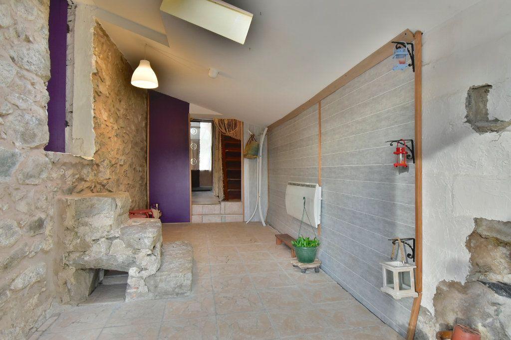 Maison à vendre 5 150m2 à Saint-Jean-de-Muzols vignette-6