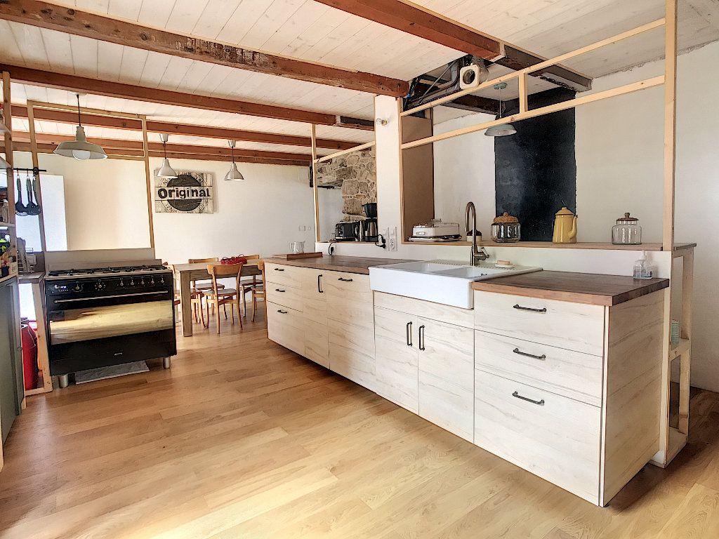 Maison à vendre 5 157m2 à Pailharès vignette-2