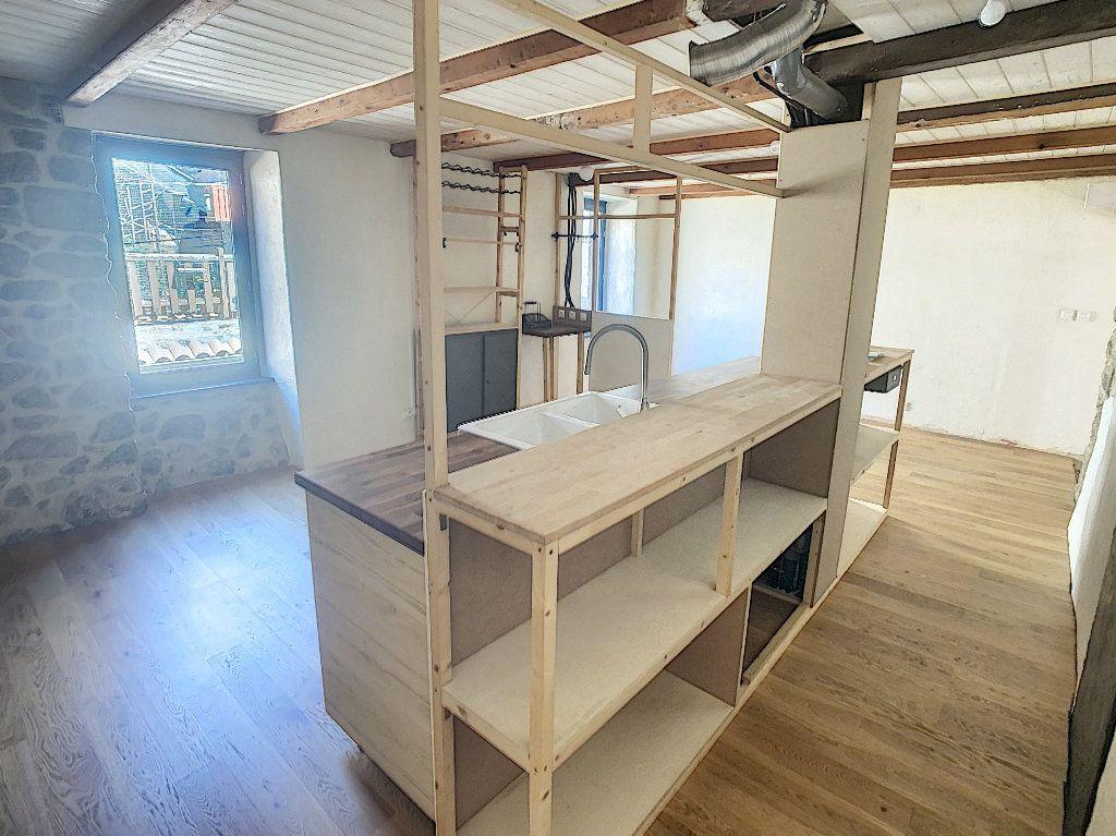 Maison à vendre 5 157m2 à Pailharès vignette-3