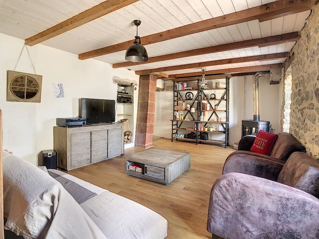 Maison à vendre 5 157m2 à Pailharès vignette-4