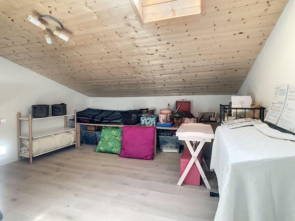 Maison à vendre 5 157m2 à Pailharès vignette-9