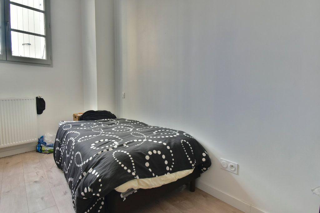 Appartement à louer 3 57m2 à Tournon-sur-Rhône vignette-5